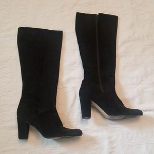 Hunt Club 9.5 black suede leather boots